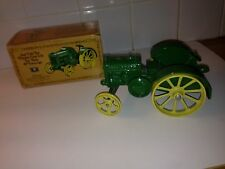Die Cast Iron Metal John Deere Model D Toy Tractor 1923 Replica In Box Classic