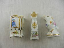 Petits meubles miniatures en porcelaine et oiseau décoration