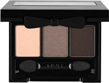 NYX Love in Rio Eyeshadow Palette- LIR01 Shimmery taupe / nude/matte black