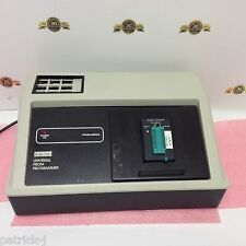 DEC DIGITAL UNIVERSAL PROM PROGRAMMER model 990-0171 DATA I/O Corp 301925-00