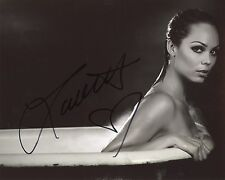 Hot Laura Vandervoort Signed 8x10 Smallville Bitten In the Tub Exact Proof