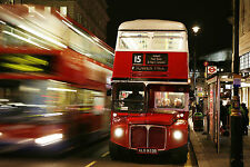 Gran Lámina-Big Red Bus en las calles de Londres (imagen de arte cartel)