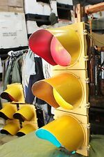 LARGE METAL 3 LIGHT LED TRAFFIC SIGNAL W/ CONTROLER  PLUG IT IN WATCH IT WORK