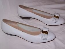 SALVATORE FERRAGAMO Bow Pumps/Heels - WHITE  Sz 8  Made in Italy