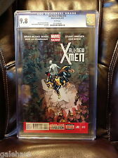 ALL NEW X-MEN 13 CGC 9.8. RED HOT! MARVEL NOW.