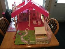 Vintage 1992 Fold n Fun Barbie Doll House Playset Mattel Used  With Box Fold up