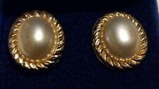 LARGE 9ct Yellow Gold 16mm Oval Pearl Cabochon Earrings/Studs with Gift Box*****
