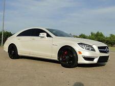 Mercedes-Benz : CLS-Class 4dr CLS63