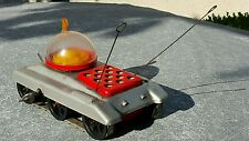 VINTAGE SPACE TOY SPACE SHIP MOONROVER METEOR WIND UP ORIGINAL KEY IGRA CZECH
