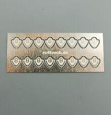 Für Tamiya V8 Logo Emblem badges klein 5x5mm 1:14  / 16 Stück Muster