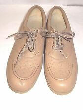 BAREFOOT FREEDOM TAUPE LEATHER OXFORD WALKING ,COMFORT SHOES SIZE 7 D MINT
