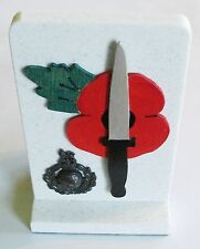 ROYAL MARINES POPPY DAGGER WHITE STONE DESK ORNAMENT WITH CAP BADGE - STUNNING