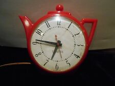 Vintage Spartus Red Teapot Electric Clock WORKING