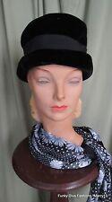 """Chic Vintage 40's 50's Black Velour Crusher Hat w Grosgrain Ribbon  21"""" Inside"""