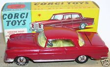 OLD RARE CORGI TOYS MERCEDES BENZ 220 SE COUPE BORDEAUX 1962 REF 230 IN BOX