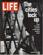 LIFE Nov 19 1971 Crime, Jennifer O'Neill, Billie Jean King, Becoming a Midwife