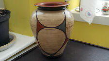 STUDIO WARE POTTERY VASE WITH AN ABSTRACT  PATTERN