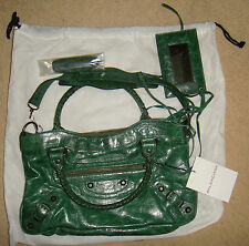 AUTHENTIC BALENCIAGA FIRST BAG NEVER USED GREEN CHEVRE LEATHER