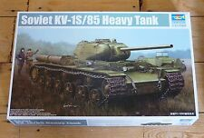 Trumpeter 1/35 scale Russian KV-1S/85 Heavy Tank kit