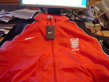 Referee Nike Red / Black  FA badged Rain Jacket XXL  Fully lined    b/new