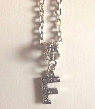 collier chaine argenté 46 cm avec pendentif lettre strass F