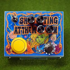 """Bananana Effects """"SHOOTING AT THE MOON"""" Noise Machine Fuzz Effects Pedal"""