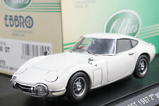 Ebbro 43104 1:43 scale Toyota 2000 GT (1967) Die Cast Model Sport Car White