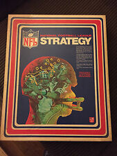 V intage TUDOR National Football League Strategy Board Game in box