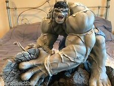 MIB SIDESHOW MARVEL GRAY HULK VS SPIDER-MAN POLYSTONE DIORAMA STATUE # 04 OF 50