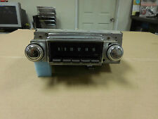1968 Chevrolet Impala Core AM Radio (Needs service)