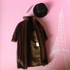 Fashion Royalty Funny Face Let's Kiss and Make Up Poppy Parker Fur Coat with hat
