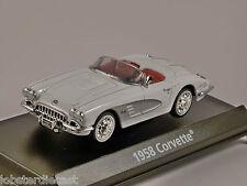 1958 CHEVROLET CORVETTE in White - American Graffiti - 1/43 scale model MotorMax