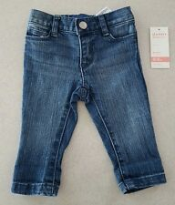 NWT Old Navy Infant Baby Girls 0-3 MONTHS Skinny Jeans MEDIUM BLUE WASH #21417