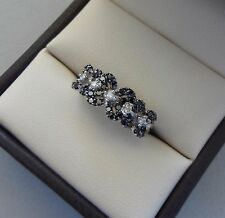 14K WHITE GOLD EAST WEST BLACK & WHITE DIAMOND CLUSTER FLOWER RING - 2.6 GRAMS