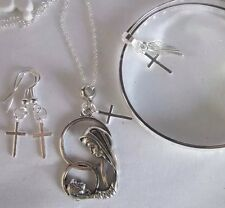 925BANGLE+NECKLACE(MUM&BABY/CROSS)+ Earings /boxed.