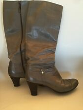 SALVATORE FERRAGAMO Size 8.5 AAA Womens Knee High Side Zip Gray Leather Boots