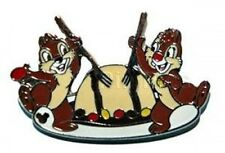 Disney Pin:WDW Cast Lanyard 4 Chip & Dale With Food (Zebra Dome)