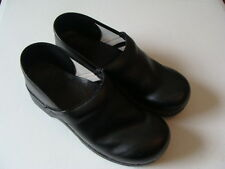 DANSKO PROFESSIONAL STYLE BLACK LEATHER CLOGS - EUR. 42 - USA 10 - VGUC