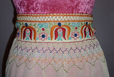 Vintage Folk Apron~Beautiful Brightly Coloured Embroidery~1940s