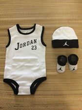 Jordan Baby Boys Booties Infants 3 Piece Set 0-6m Bodysuit White & Black