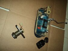 2001 JAGUAR XJ   XJ8 driver outside door handle and trunk lock cylinder with key