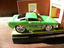 1966 FORD MUSTANG        2003 FUNLINE MERCHANDISE MUSCLE MACHINES   1:64 DIECAST