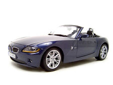BMW Z4 BLUE 1:18 DIECAST MODEL CAR BY MAISTO 31654