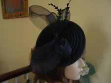 STUNNING AMIESE BLACK MESH FASCINATOR   WITH FEATHERS