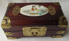 LOVELY VINTAGE CHINESE ORIENTAL HAND PAINTED GEISHA, WOOD & BRASS JEWELRY  BOX