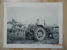 Photo Massey Harris n° 4 tracteur a socs multiples mai 1955