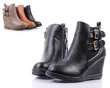 Black Buckle Straps Zipper FauxLeather Wedge Ankle-High Women Boots Size 10
