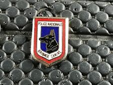 PINS PIN BADGE ARMEE MILITAIRE POLICE BRIGADE CANINE
