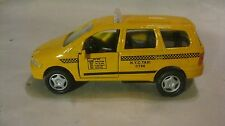 N.Y.C Yellow Taxi Cab Mini Van In A 140 Scale Diecast From Shing Fat   New dc800