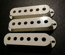 LOLLAR cream-y off white plastic pickup covers single coil Stratocaster strat